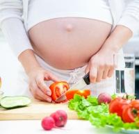 Los ocho alimentos imprescindibles durante el embarazo