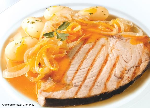 Receta para cocinar pez espada con cebollas al jerez for Cocinar pez espada